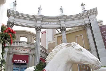 Caesars advierte a los inversores acerca del juego online